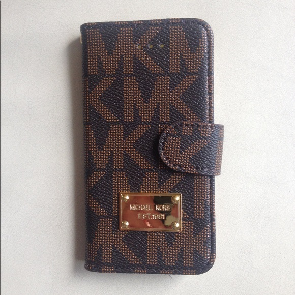 new product 93ec5 57b0b New MK Flip Case Wallet for iPhone X NWT